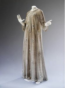 A Mila Schön 1966 gown at the V&A's The Glamour Of Italian Fashion (Picture: V&A Museum)